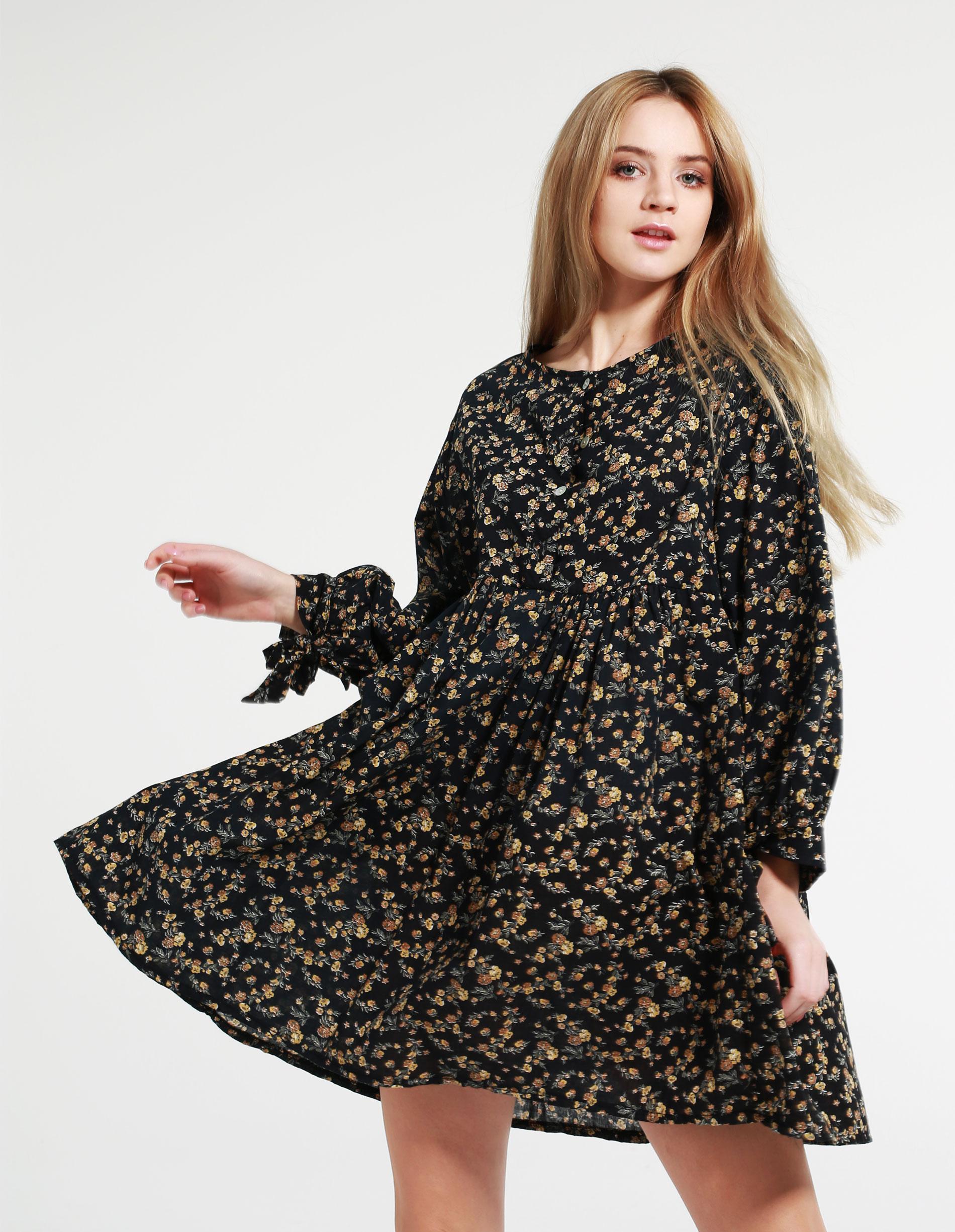 Sukienka - 34-4407 NERO - Unisono